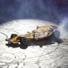 インドアスキー場でドーナツターン (2009 F1)  (c)RenaultF1
