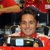 さっそくシート合わせを行うフィジケラ  (c)Ferrari
