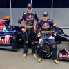 ブルデーとブエミも新たにレーシングスーツを新調 (2009 F1 新車発表)  (c)crash.net
