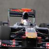 2日目のタイムは12番手となったボルトロッティ (2009 F1)  (c)RED BULL RACING