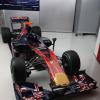 STR5(正面2) (2010 F1)  (c)ToroRosso