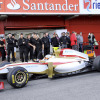 HRT、段差ノーズの新車F112を発表 (2012 F1新車発表)  (c)LAT